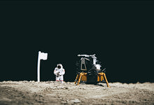 第一个登上月球的中国姑娘是谁 第一个登上月球的中国姑娘